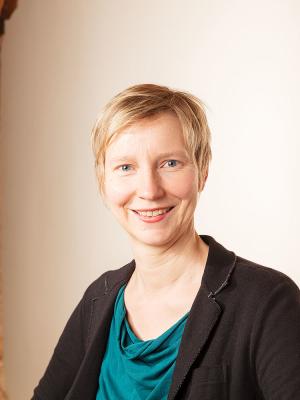 Dr. Andrea Zimmermann