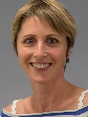 Prof. Dr. Eline Pecho-Vrieseling