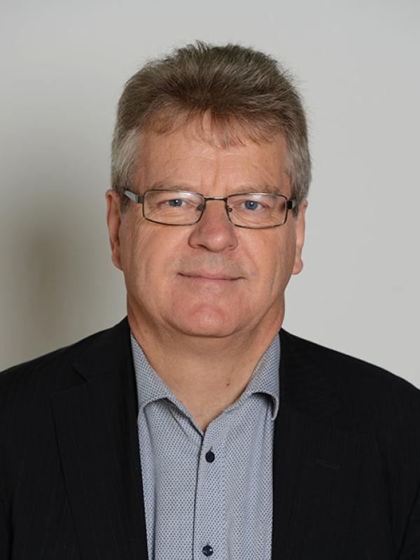 Reinhold Bernhardt