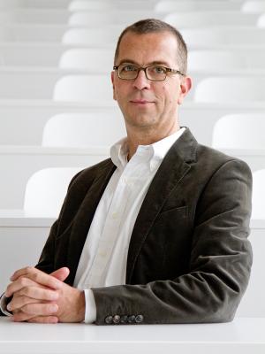 Prof. Dr. Axel Paul