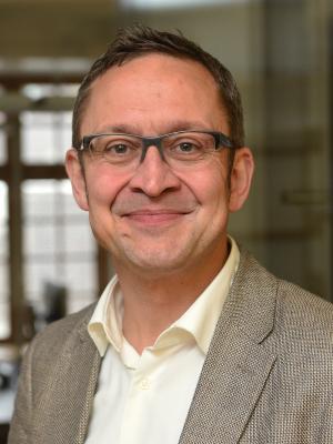 Prof. Dr. Philipp Schweighauser