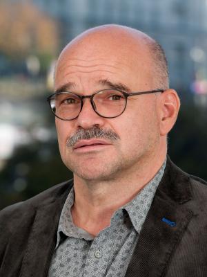 Prof. Dr. Alexander Honold