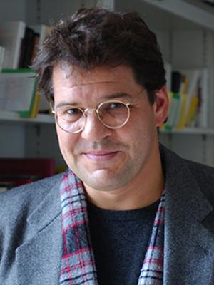 Prof. Dr. Ralf Simon
