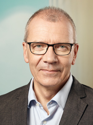 Dr. Michael Brüwer