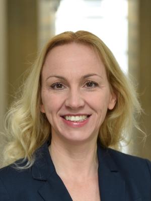 Prof. Dr. Sabine Huebner