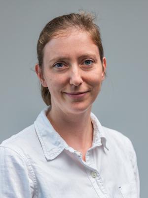 Dr. Esther Stutz