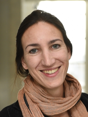 Dr. Veronika Sossau