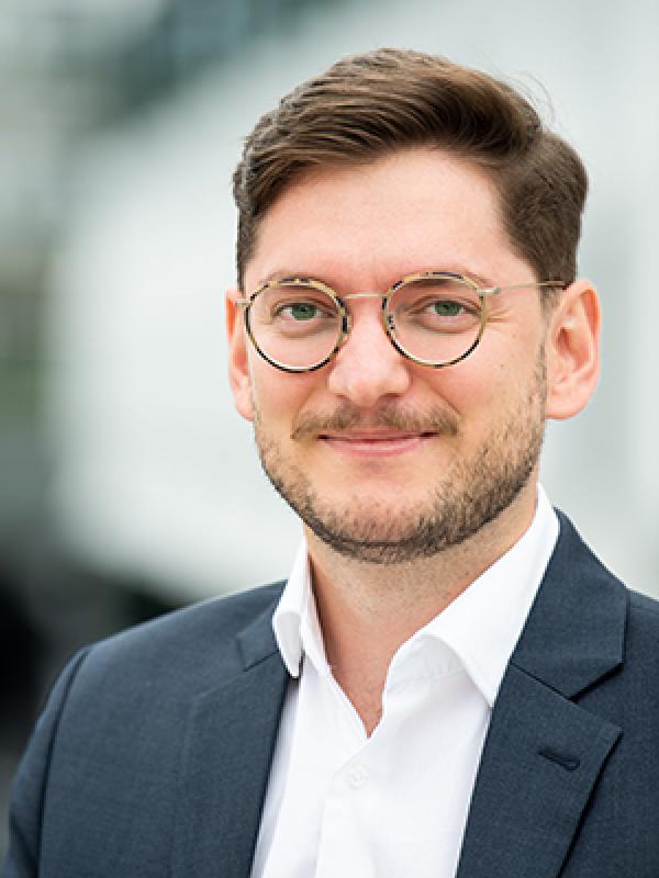 Tomas Kaqinari