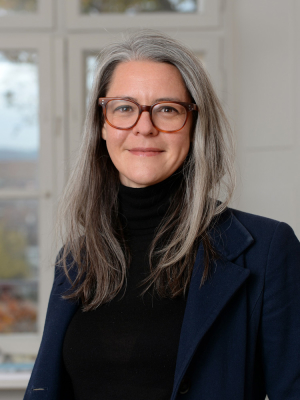 Dr. Julia Büchele