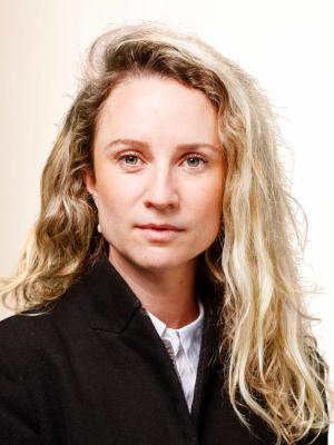 Dr. Lesley Nicole Braun