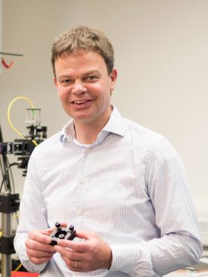 Prof. Dr. Richard Warburton