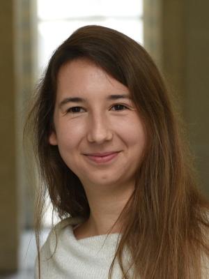 Dr. Anne-Sophie Meyer