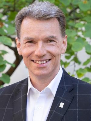 Dr. Markus Leopold Lampert