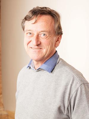 Prof. Dr. Till Förster